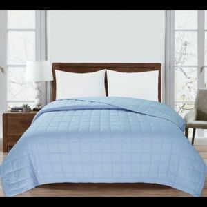 ST. CLAIR Down Alternative Blanket  Blue Queen